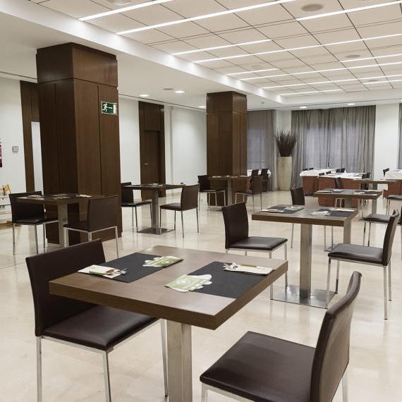 Hotel valdepenas spa buffet4