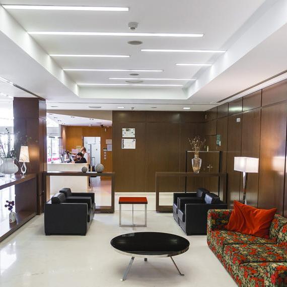 Hotel valdepenas spa hall2