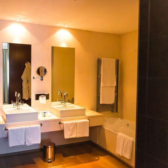 Suite6 hotel valdepenas spa